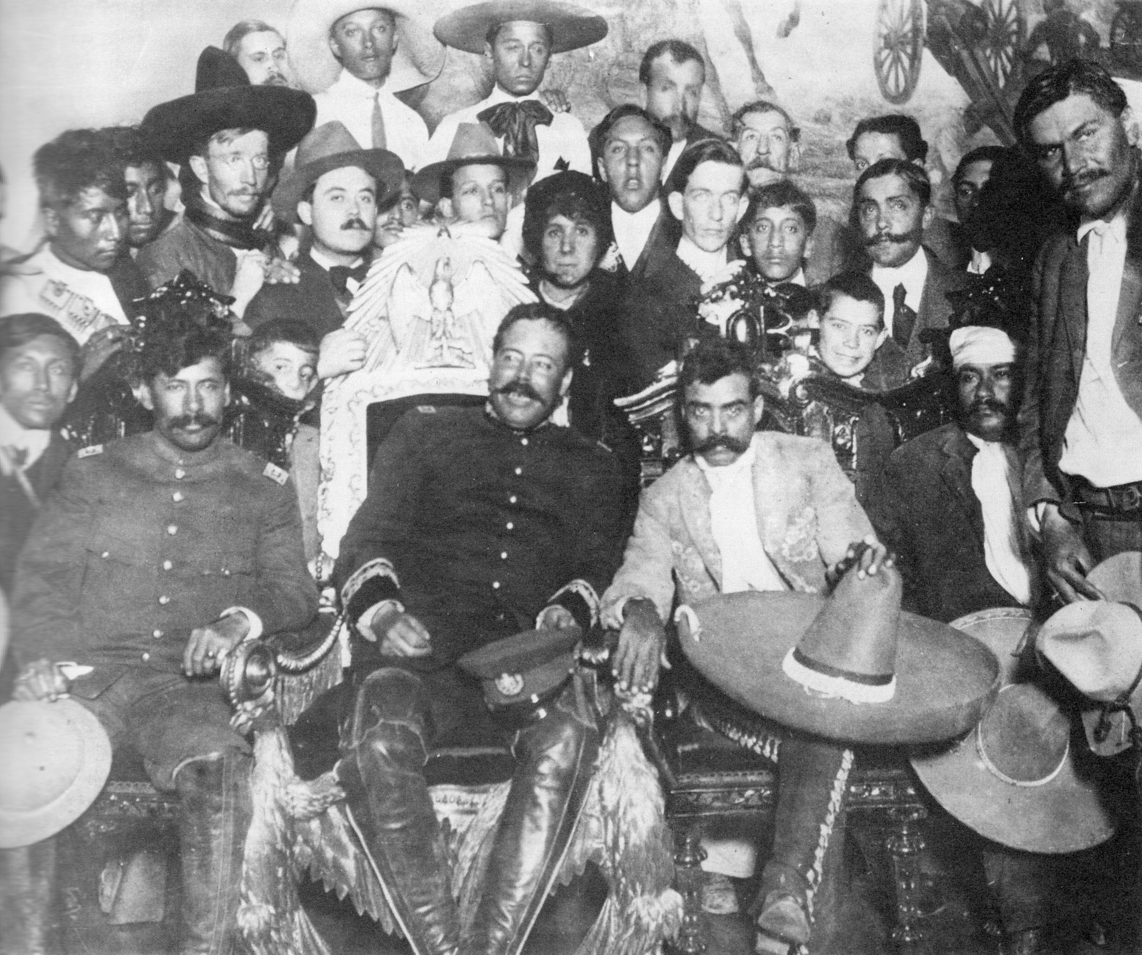 Villa and Zapata in Presidential Palace 01